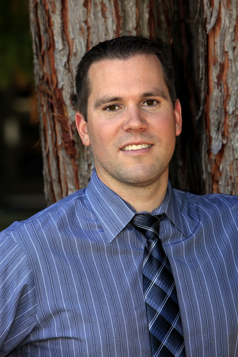 Dr. Justin Schallmann